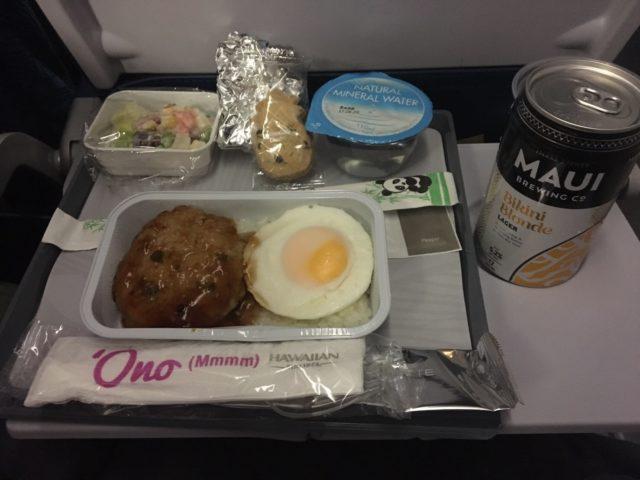 ハワイアン航空機内食のディナー